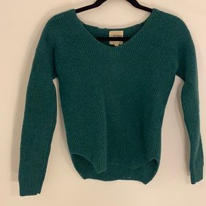 Wilfred Free Green Sweater